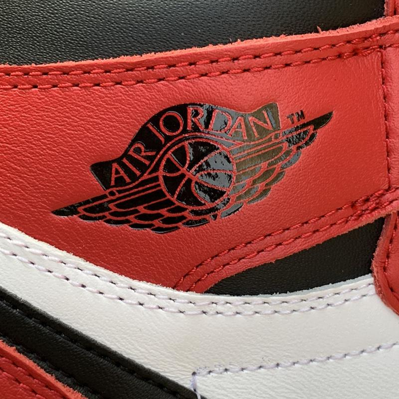Air Jordan 1 Retro High OG Chicago 2015 For Sale