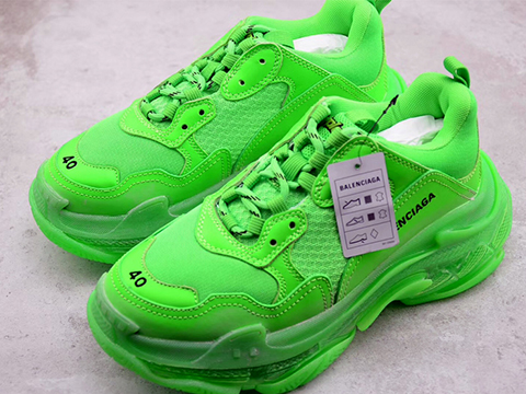 Balenciaga 19SS Triple S Clear Sole Trainers Green Perfect Sale Online