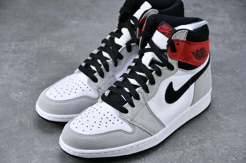 Air Jordan 1 Retro High OG Smoke Grey 555088-126 Sale